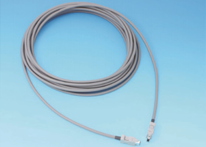 1394.a Long cable
